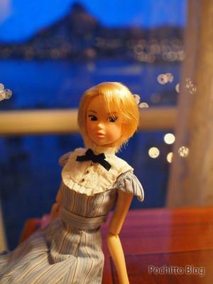 Momoko_in_tds_01